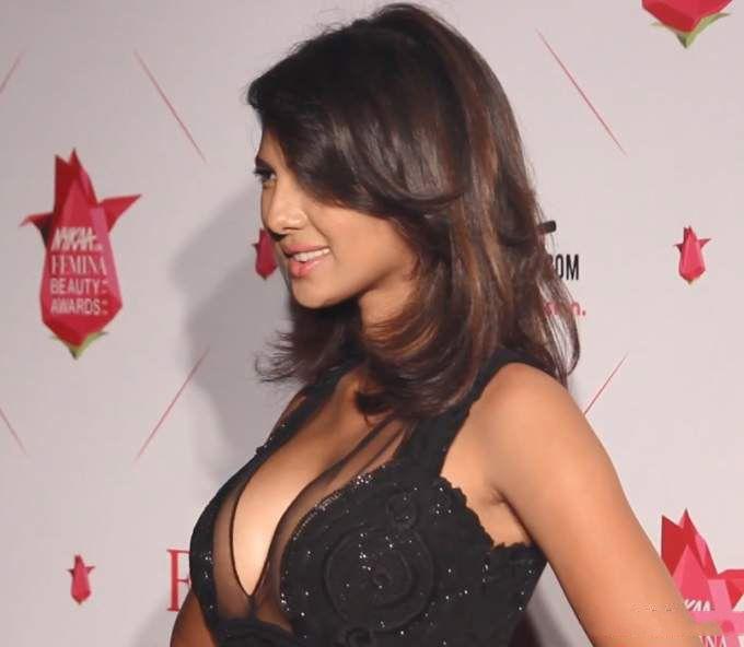 Rochelle Rao hot
